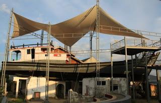 Kapal diatas Rumah 2